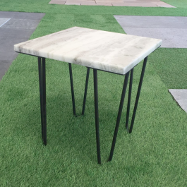 Table carrée granit poli 40×40