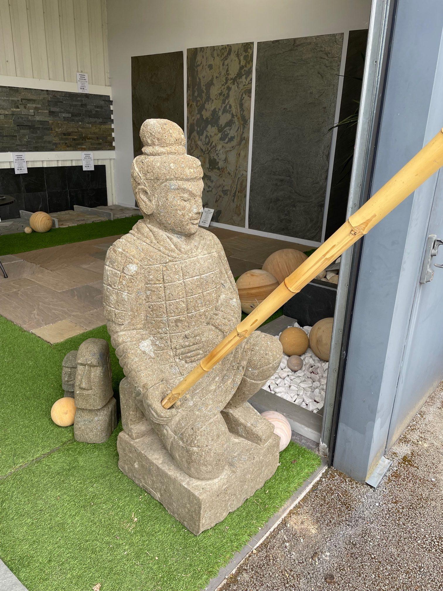 Statue guerrier xian agenouillé